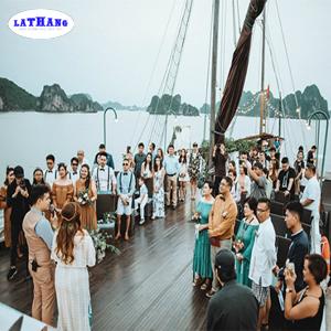 tiệc cưới trên tàu