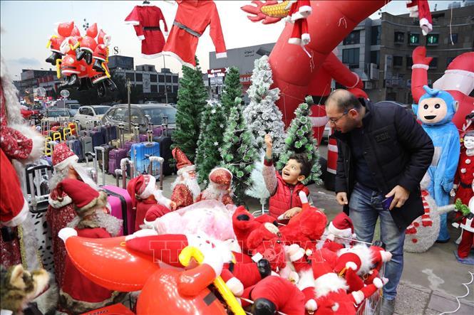 Mua sắm trong mùa Giáng Sinh